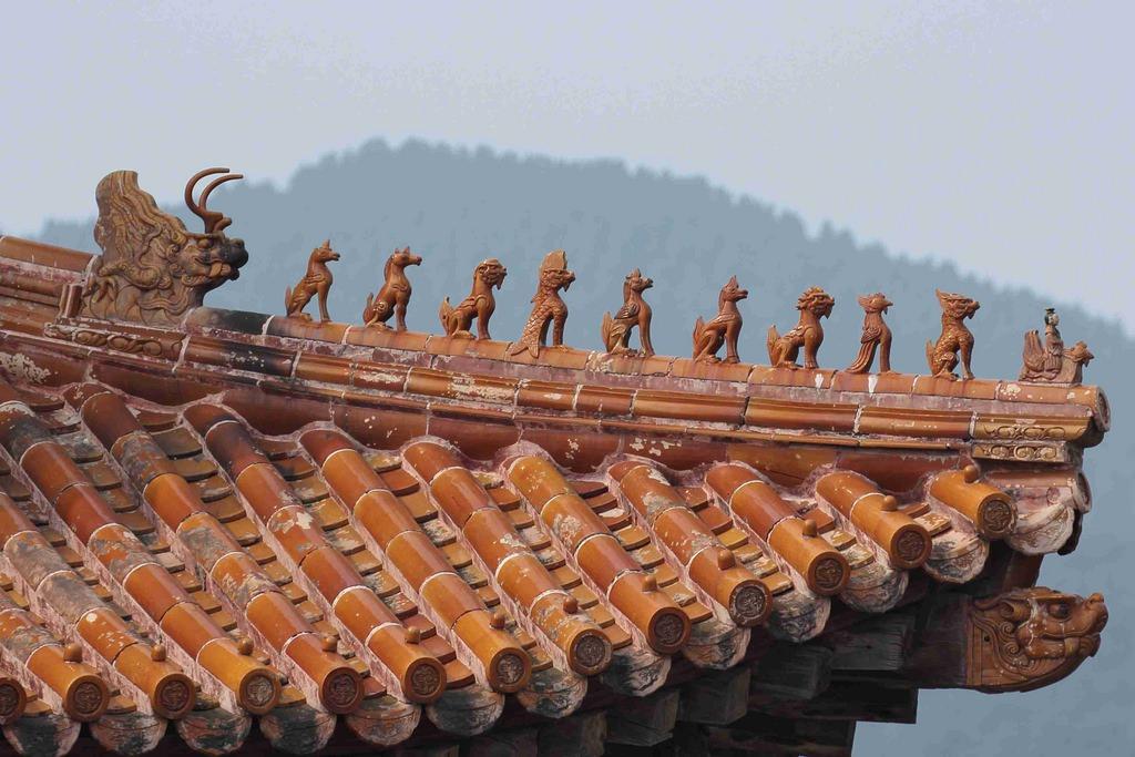 中国古建筑屋檐上的神兽名称及象征意义