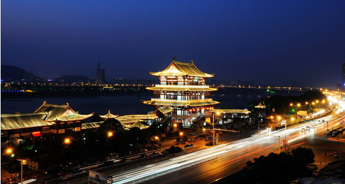 湖南省长沙杜甫江阁古建筑照明设计