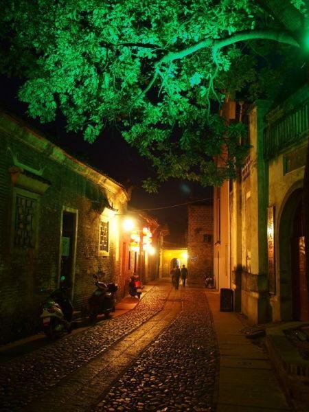 夜色灶儿巷