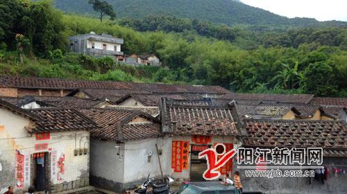 阳江大山深处的原始村落古建筑