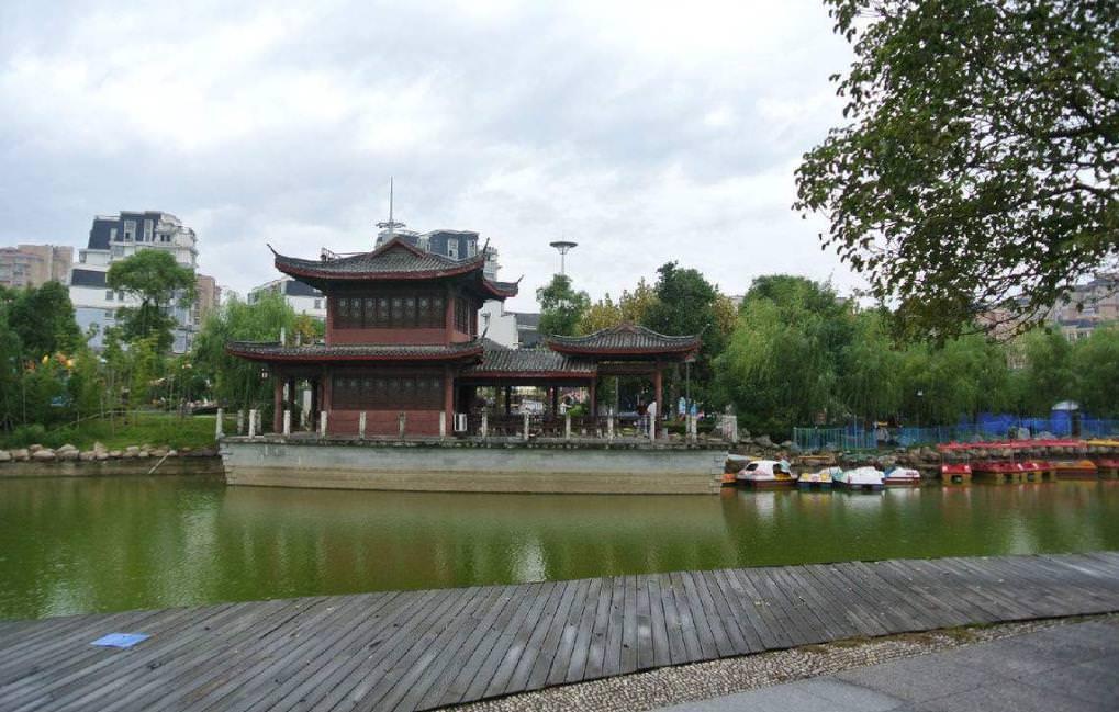江西上饶著名古建筑旅游景点欣赏